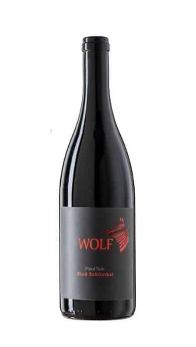 Pinot Noir wolf